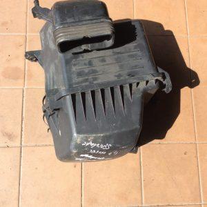 Kia Sportage. Oro filtro dėžė.