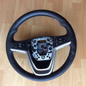 Opel Insignia 11m. Geras odinis vairas.